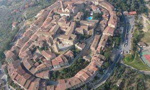 lucignano-vista-aerea-20150410100439-1000-600